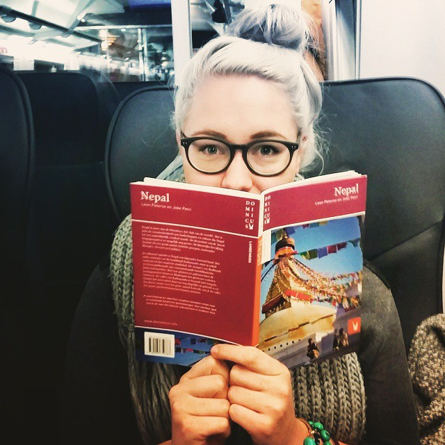 The lovely @anouks_deliciousjourney just asked me #widn. I'm reading all about Nepal during a 6 hour train trip from Berlin back home. Can't wait! ? What are you doing right now @mandyderoo, @martemodernehippies & @travellifestylenl ?
