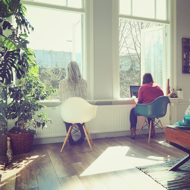 We've moved the office. Our idea of getting work done ánd enjoying the weather. #work #spring #sunshine @totheleonie