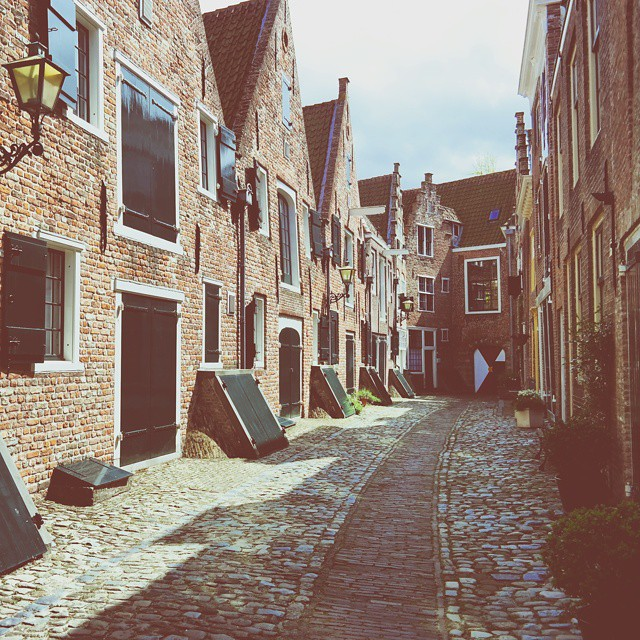In love with all the secret alleys of Middelburg. ?