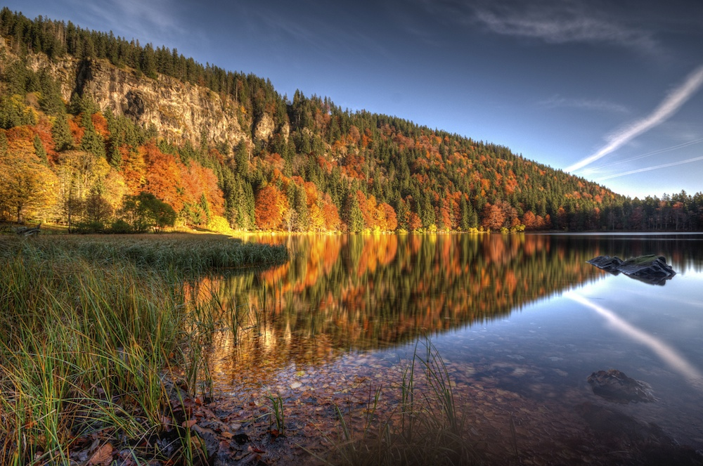 Lake Feldsee in autumn